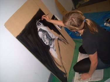 Behind the scenes - Pirates of Penzance - Jessie unleashes her artistic prowess