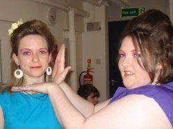 Sorcerer - Behind the scenes - Beautiful girls in their 60s get up for the Sorcerer
